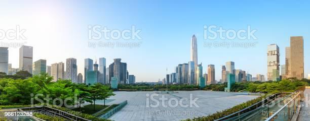 Красивая Современная Панорама Горизонта Города В Шэньчжэне — стоковые фотографии и другие картинки Азия