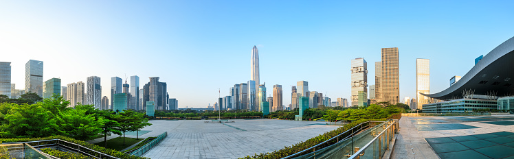 Mooie Moderne Stad Skyline Panorama In Shenzhen Stockfoto en meer beelden van Achtergrond - Thema