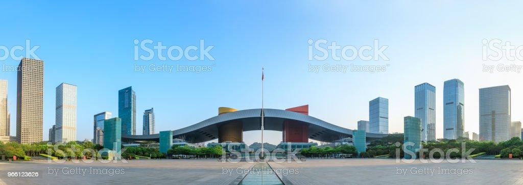 Vackra moderna city skyline panorama i Shenzhen - Royaltyfri Arkitektur Bildbanksbilder