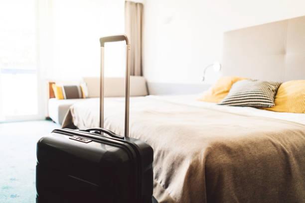 piękny nowoczesny pokój hotelowy - motel zdjęcia i obrazy z banku zdjęć