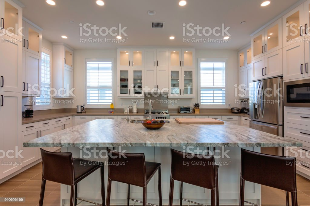 Bela cozinha moderna - foto de acervo