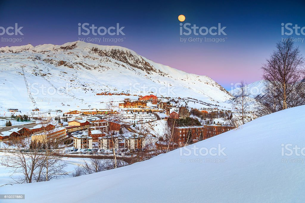 Beautiful moonlight and ski resort in the French Alps,Europe foto