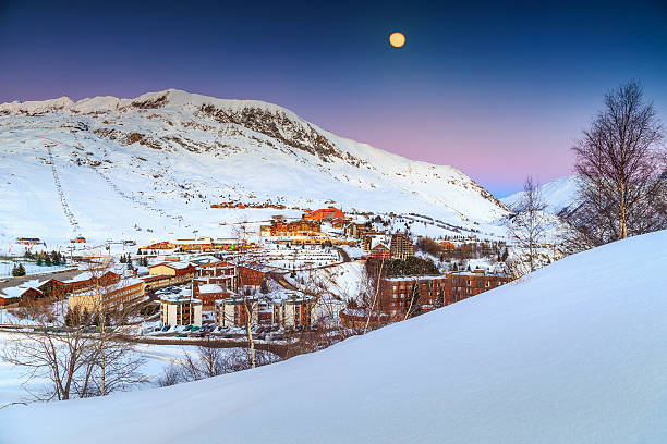 Beautiful moonlight and ski resort in the French Alps,Europe​​​ foto