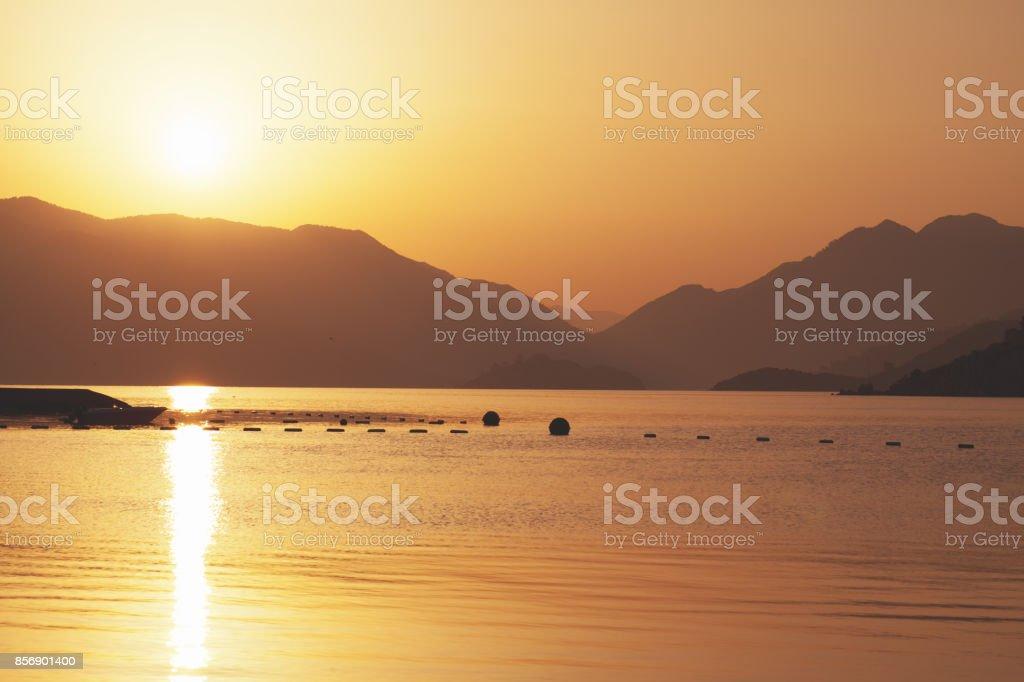 Schönen Guten Morgen Seelandschaft Mit Bergen Im Hintergrund Marmaris Turkei Stockfoto Und Mehr Bilder Von Anhöhe