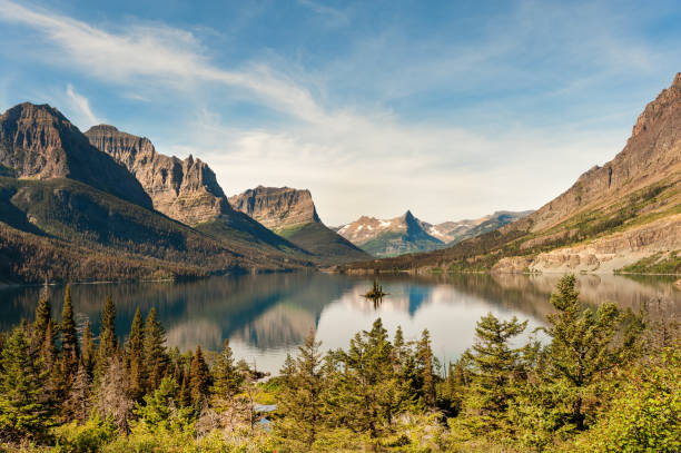beautiful mountain lake - st. mary lake stock pictures, royalty-free photos & images