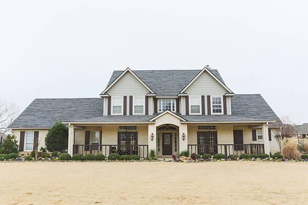 hermoso nueva casa en la zona - sur fotografías e imágenes de stock