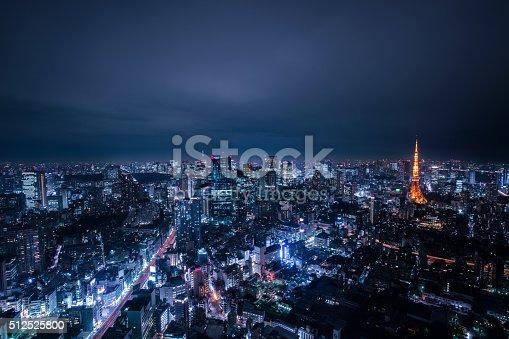 512524478 istock photo beautiful night scene of  tokyo skyline 512525800