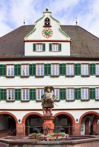 美しい古いドイツの町または都市シュトゥットガルト近くヴァイル デア ...