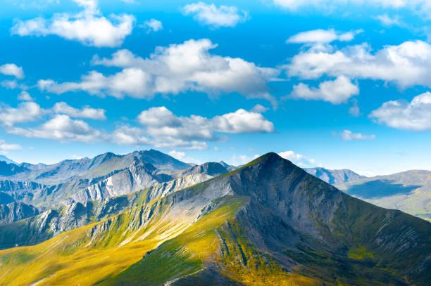 güzel açık doğal sahne - ganzi tibet özerk bölgesi stok fotoğraflar ve resimler