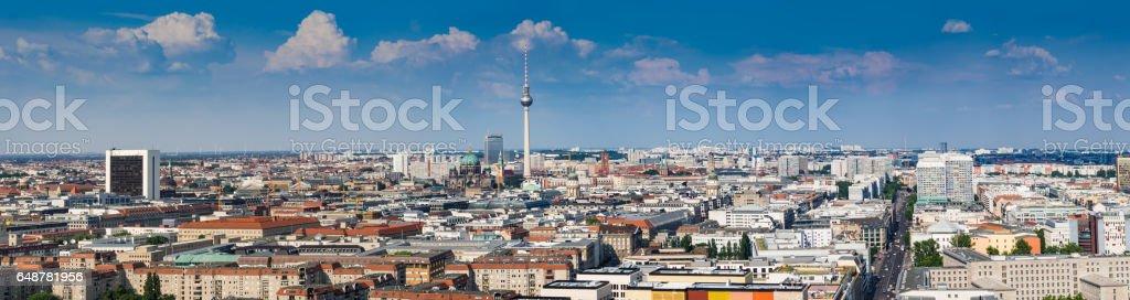 Beautiful panorama of the skyline of Berlin – Foto