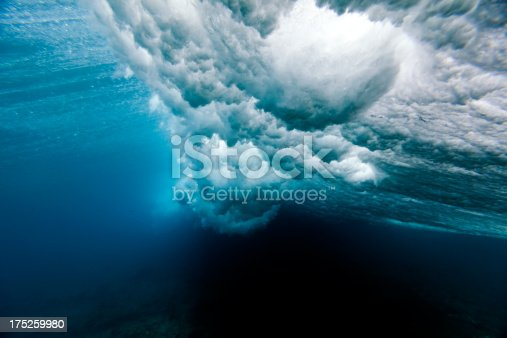 168854794 istock photo Beautiful picture of a wave crushing underwater 175259980