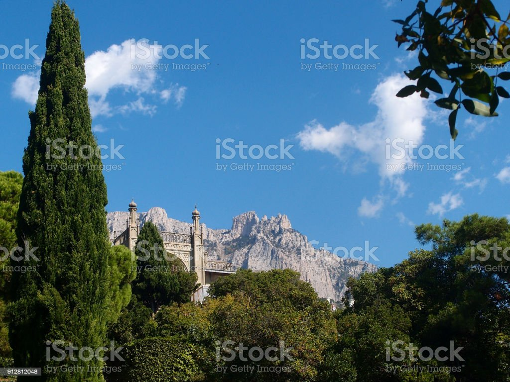 Beautiful places in the park Vorontsov Palace in the vicinity of Yalta, Crimea стоковое фото