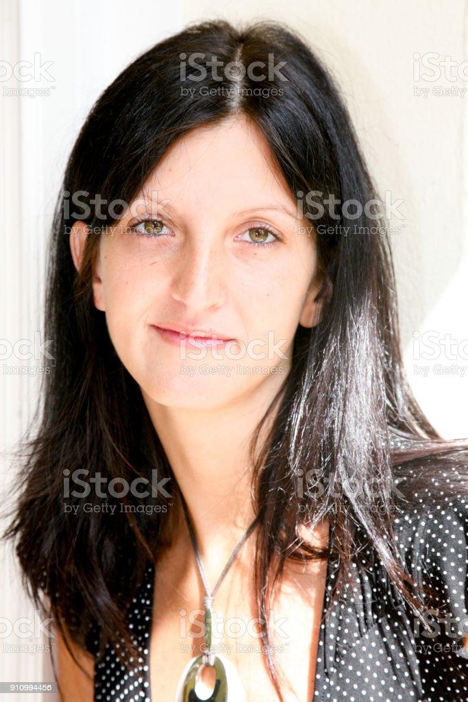 Hübsche Mädchen Mit Schwarzen Haaren 10 Kurzhaarfrisuren