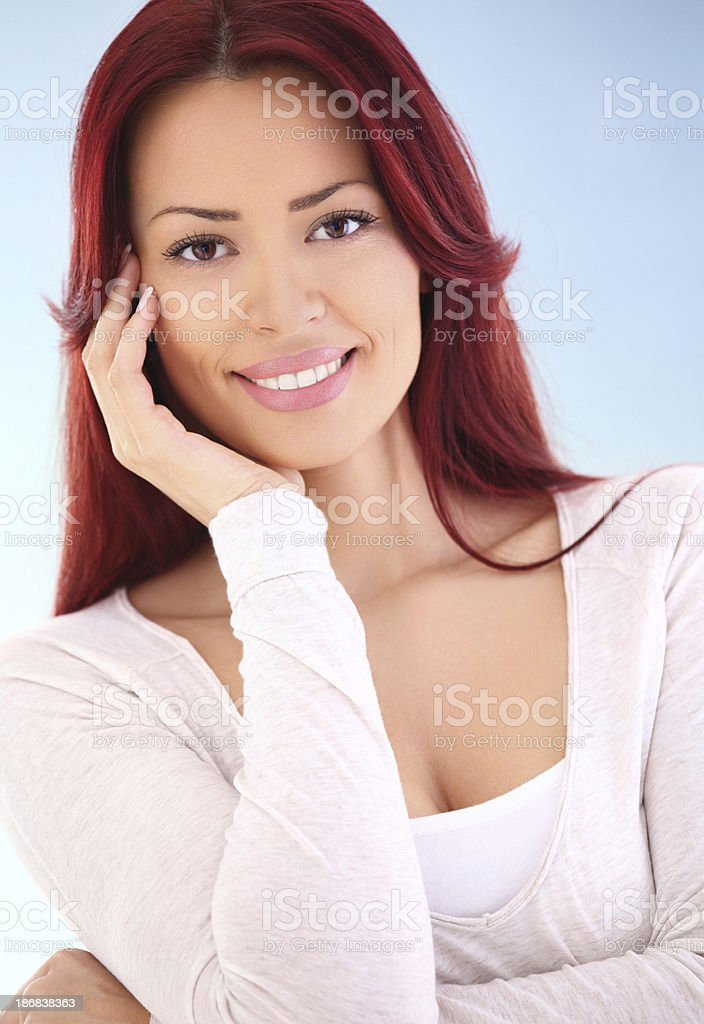 Schöne Rote Haare Frau. – Foto