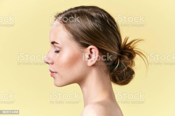 Beautiful redhead woman with freckles studio profile portrait model picture id903214458?b=1&k=6&m=903214458&s=612x612&h=sb7owmd82ny0tpdys0a1nlms7dob7ytkn0qowmmja8y=