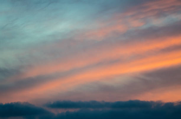 美麗的放鬆抽象雲背景在日落-以色列圖像檔