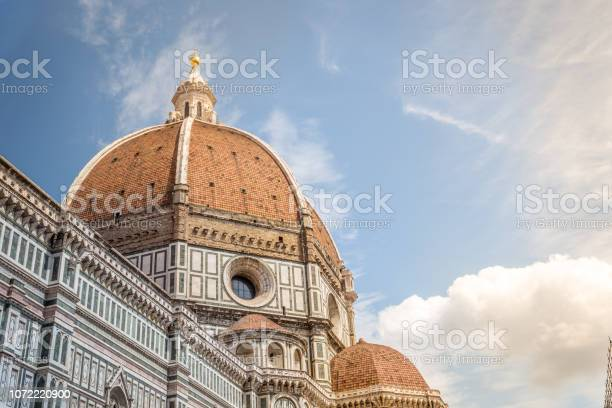 Beautiful renaissance cathedral santa maria del fiore in florence picture id1072220900?b=1&k=6&m=1072220900&s=612x612&h=so7qgjetmdzjhijcwkmt nxojp7ipmsdwdefffhrtay=