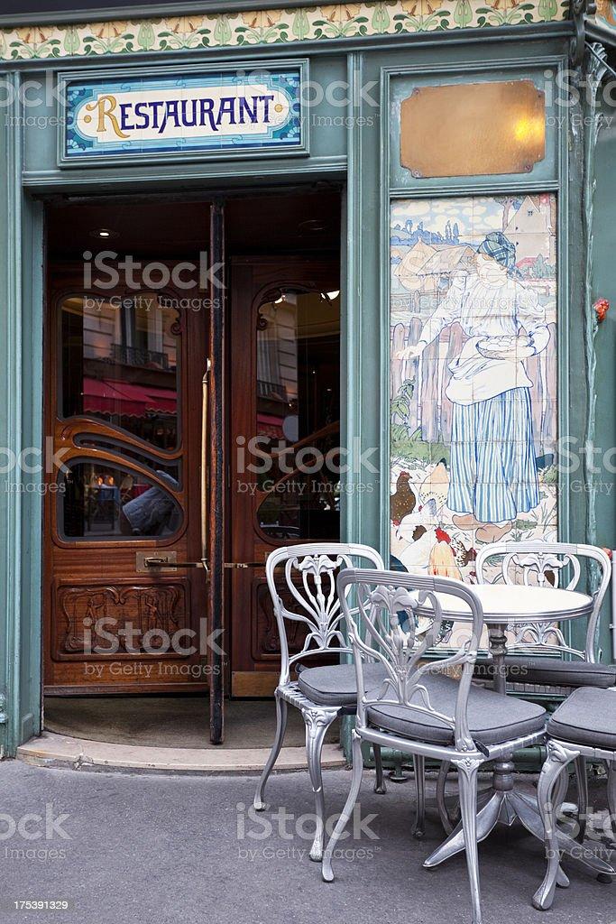 foto de belo restaurante em estilo art nouveau paris frança e mais
