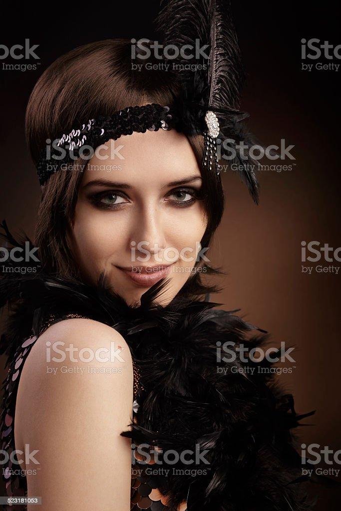e275d4c03 Retrô Linda mulher em roupas de estilo anos 20 foto de stock royalty-free