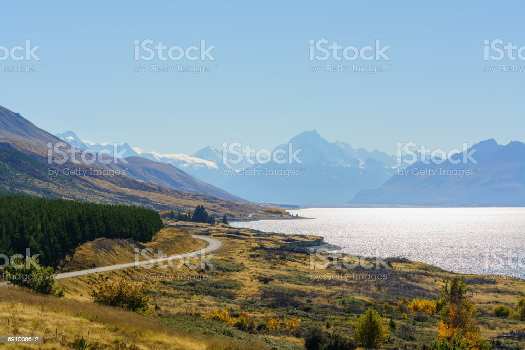 Beautiful scenery of Lake Pukaki at Peter's lookout , Mount Cook Road, South Island of New Zealand stock photo