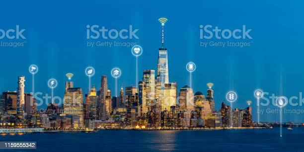 Beautiful scenic night view of new york manhattan usa in smart city picture id1159555342?b=1&k=6&m=1159555342&s=612x612&h=tiqcirdw5snowav6qfo4npu28b20l3tdo2yehm jhik=