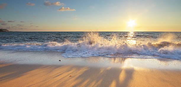 schönen blick aufs meer. - schönen abend bilder stock-fotos und bilder