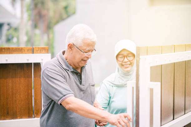 896 Elderly Malay Couple Stock Photos, Pictures & Royalty-Free Images - iStock