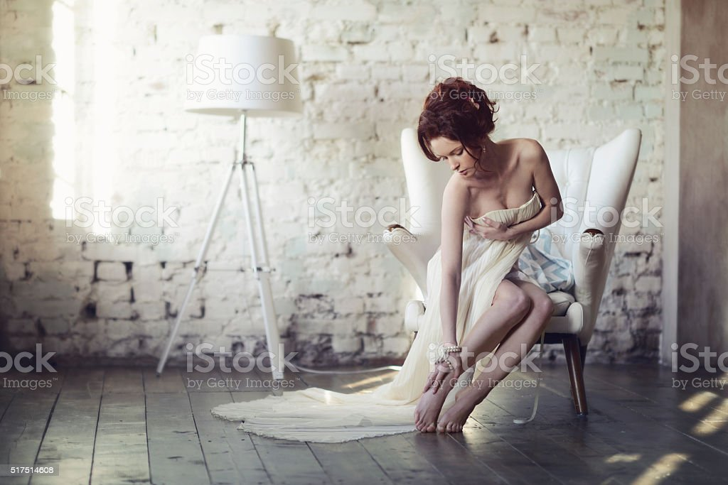 Beautiful sexy lady in elegant white dress - Royalty-free Adult Stock Photo