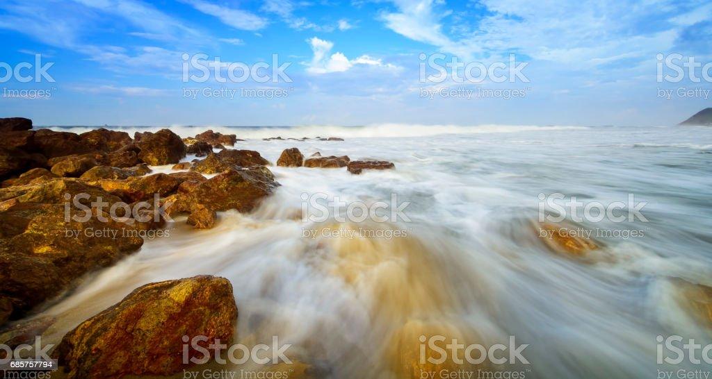 Yarada ビーチ、ヴィシャーカパトナムに美しい絹のような滑らかな水 ロイヤリティフリーストックフォト