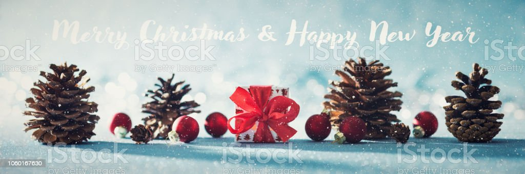 Weihnachtsbeleuchtung Tannenzapfen.Schöne Einfache Christmas Banner Mit Textfreiraum Niedliche