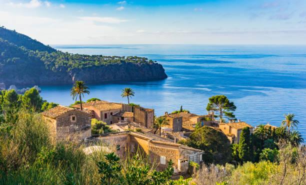 Beau petit village à l'île de la côte de Majorque, Espagne-Méditerranée - Photo