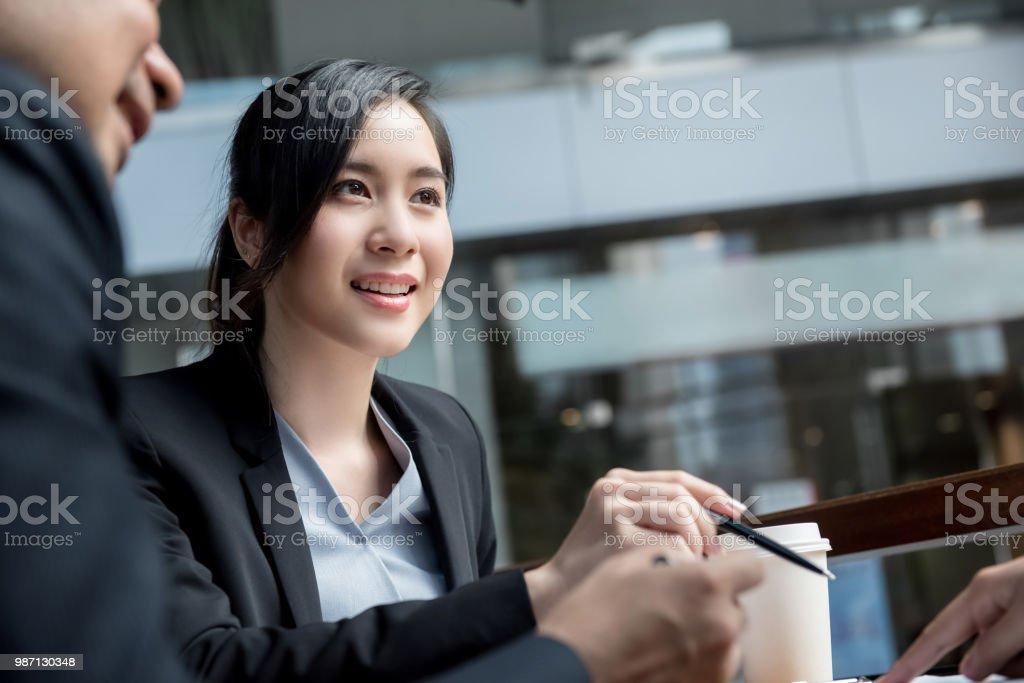 Rencontres femmes asie