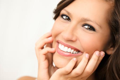Schönen Lächeln Stockfoto und mehr Bilder von Attraktive Frau