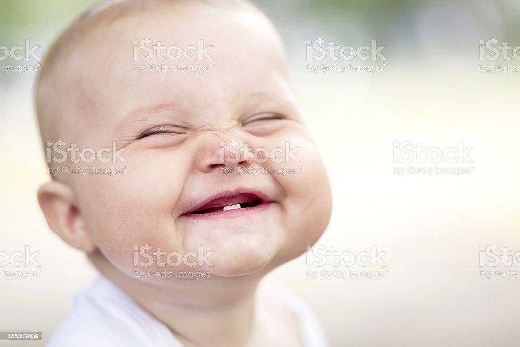 Hermoso bebé sonriente Monada - foto de stock