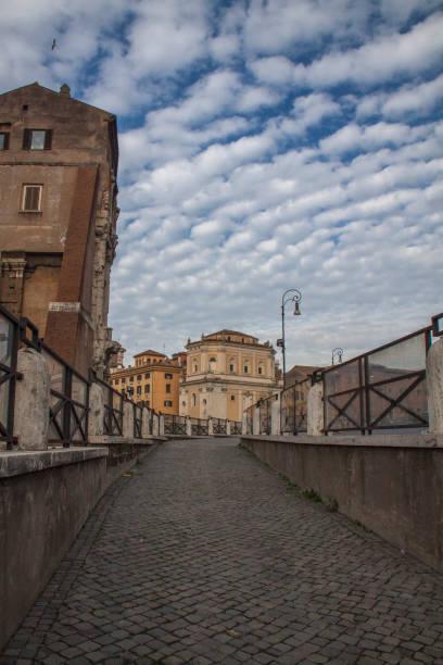 beautiful street in rome, italy - batalina italy стоковые фото и изображения