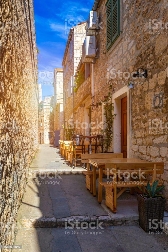 mittelalterliche stadt an der adria