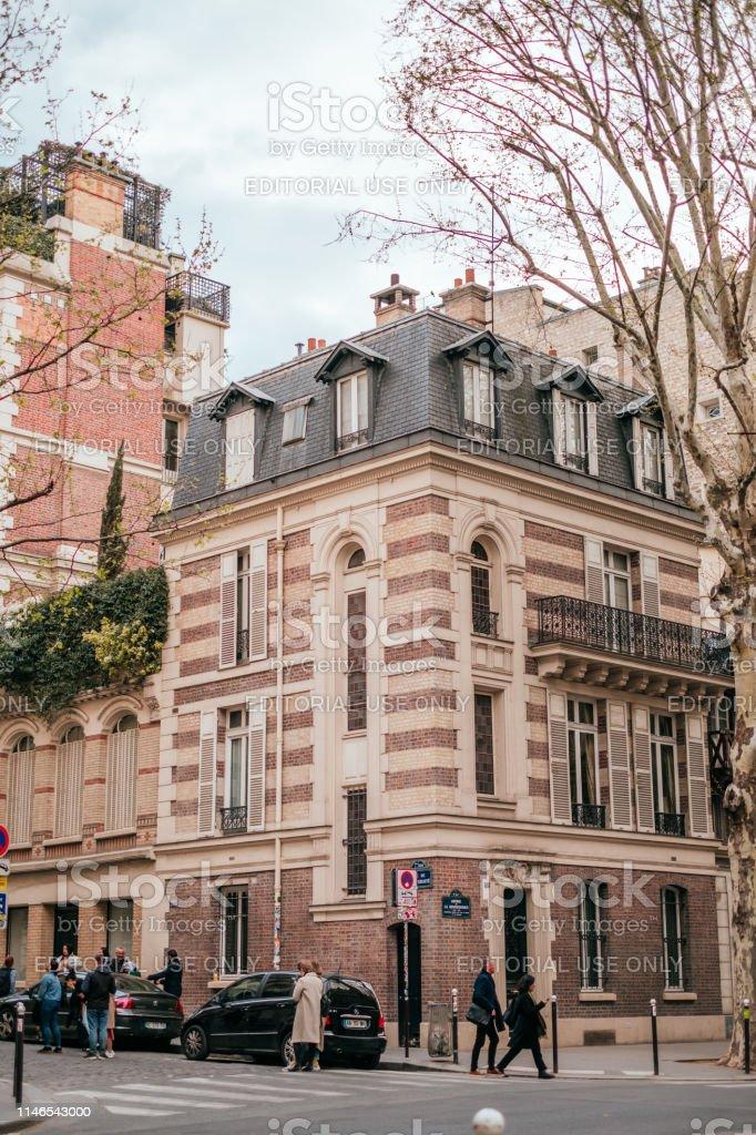 beautiful streets of Paris