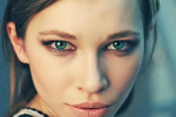 green-eye-girls-pics