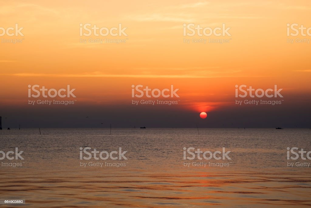beautiful sunset above the sea foto stock royalty-free