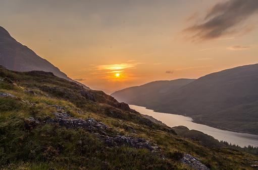 Beautiful Sunset At Loch Leven In Scotland Great Brittain Stockfoto und mehr Bilder von Abenddämmerung