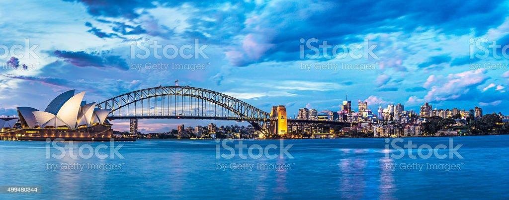 Piękny zachód słońca w Sydney – zdjęcie