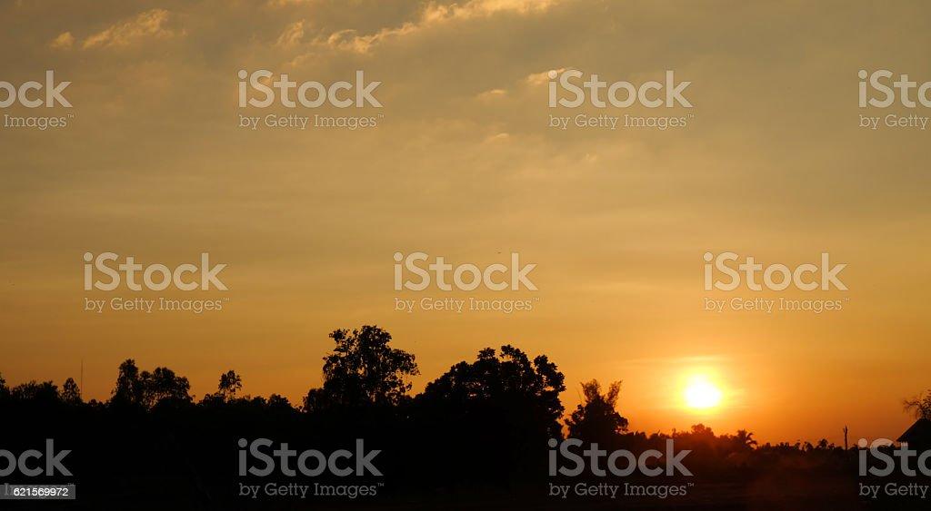 Beau paysage au coucher du soleil photo libre de droits