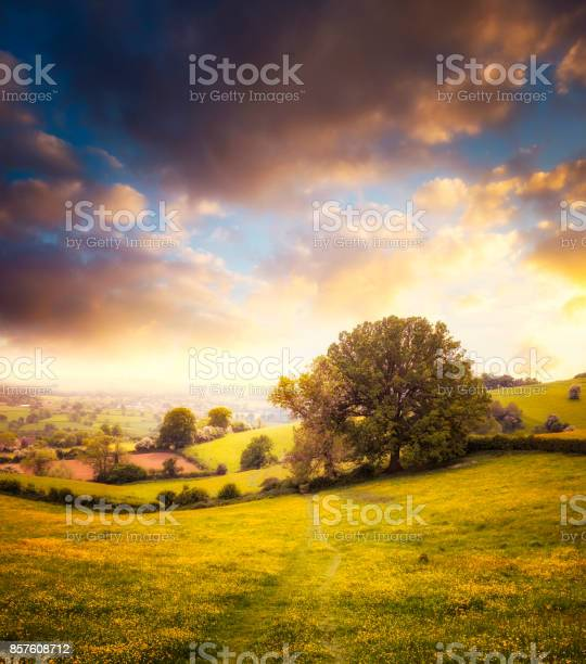 Photo of Beautiful Sunset Over A Landscape View In The Cotswolds, England