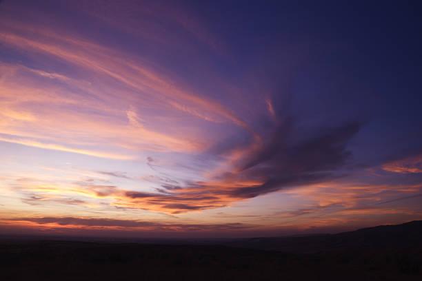 piękny zachód słońca - zmrok zdjęcia i obrazy z banku zdjęć