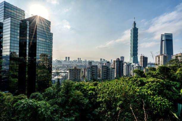 schönes taipeh, taiwan - insel taiwan stock-fotos und bilder