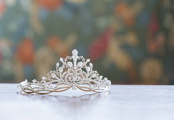 Beautiful tiara picture id520973804?b=1&k=6&m=520973804&s=612x612&w=0&h=esxkft2qhuhczjh7luqvw20waw6ztcg1obo9nvdrcui=