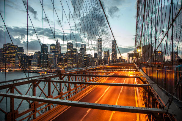 Bela vista de Manhattan em Nova York ao entardecer - foto de acervo