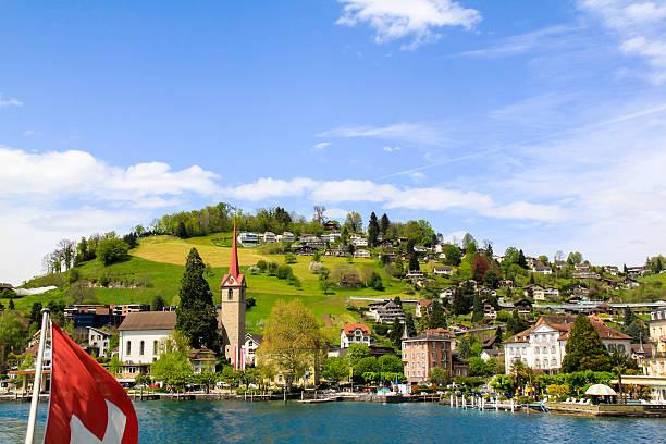 wunderschöne aussicht auf die stadt, der see swissland - thun switzerland stock-fotos und bilder
