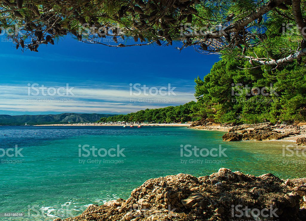 beautiful view on zlatni rat beach on island Brac, Croatia – Foto
