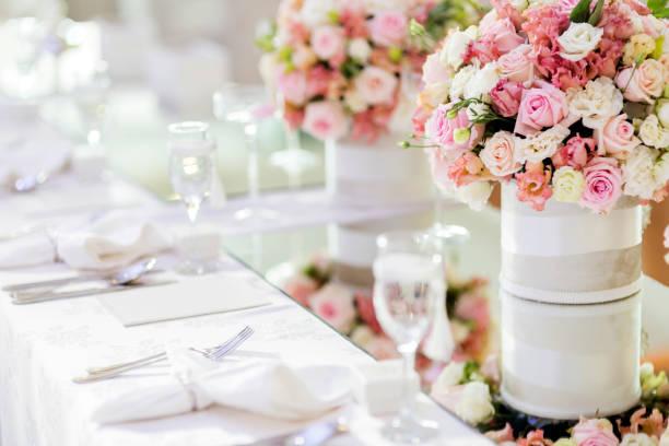 bela decoração de casamento - fine dining - fotografias e filmes do acervo